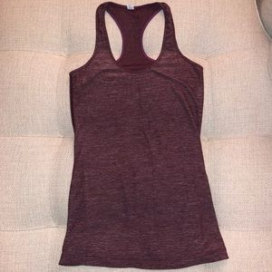 Lululemon fitted racerback | maroon | size 6